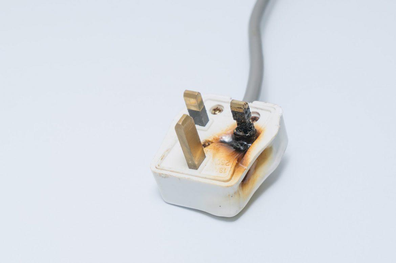 male socket plug